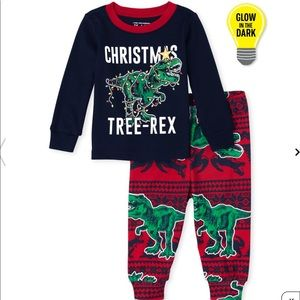 3 for $30 📦 Children's Place Christmas Dino PJs